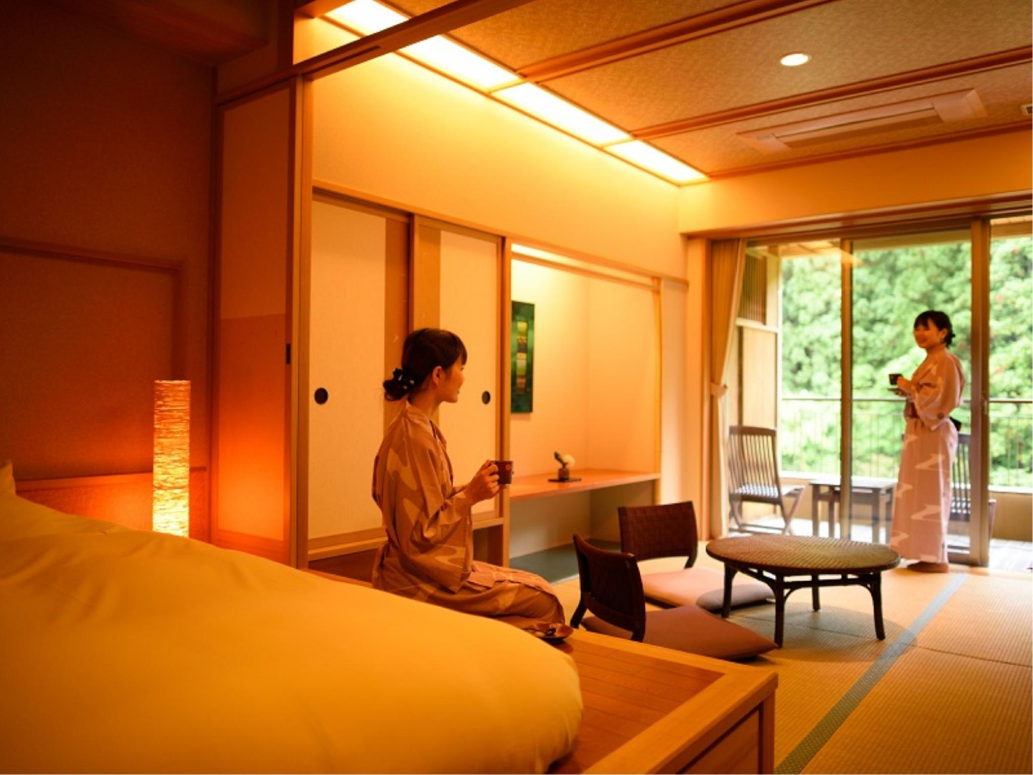 Japanese/Western-style Room with Open-air Ceramic Bath (2 Beds)