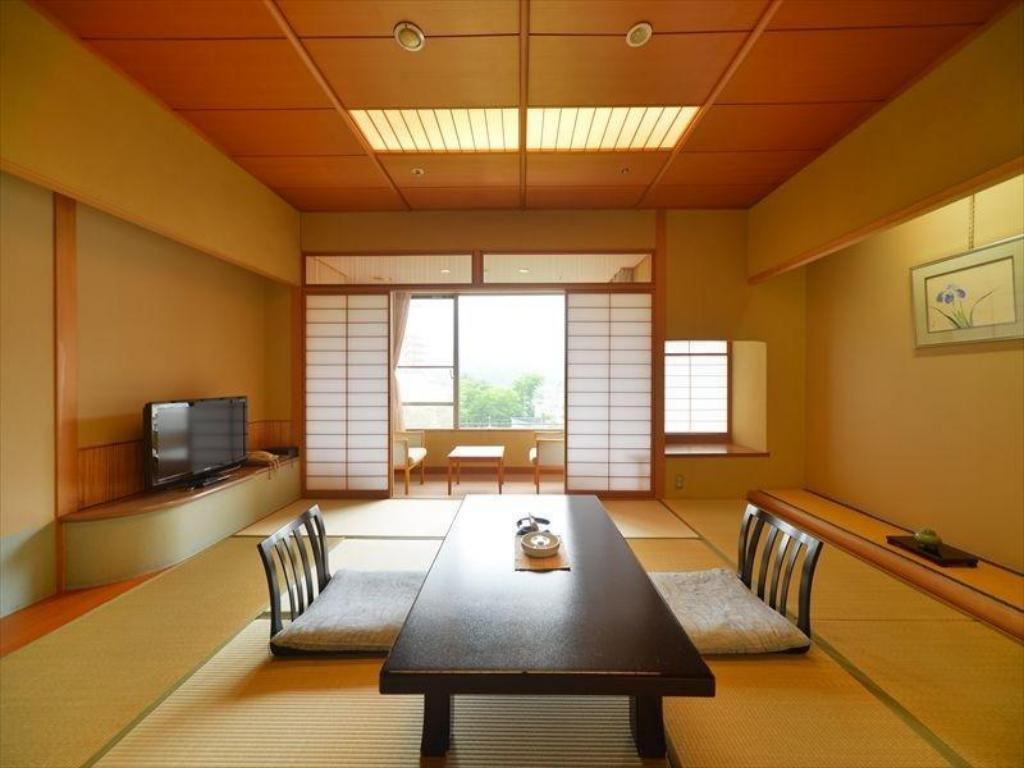 Japanese Style Room - Guestroom Hotel New Mitoya