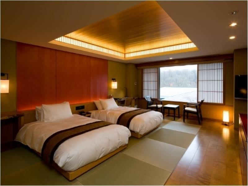 豪华高级双床房 (Deluxe Superior Twin Room)