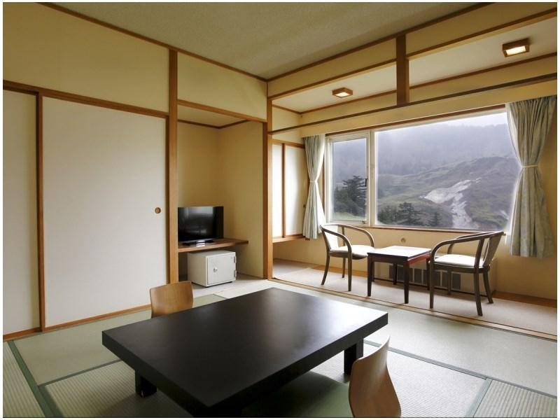 Japanese-style Room with Manza Karabuki View