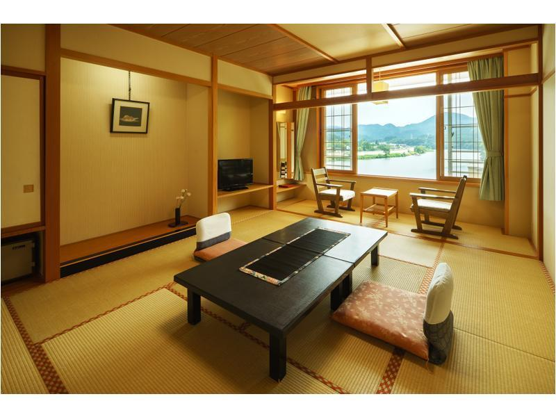 中央館 和式房 (Japanese-style Room (Central Wing))