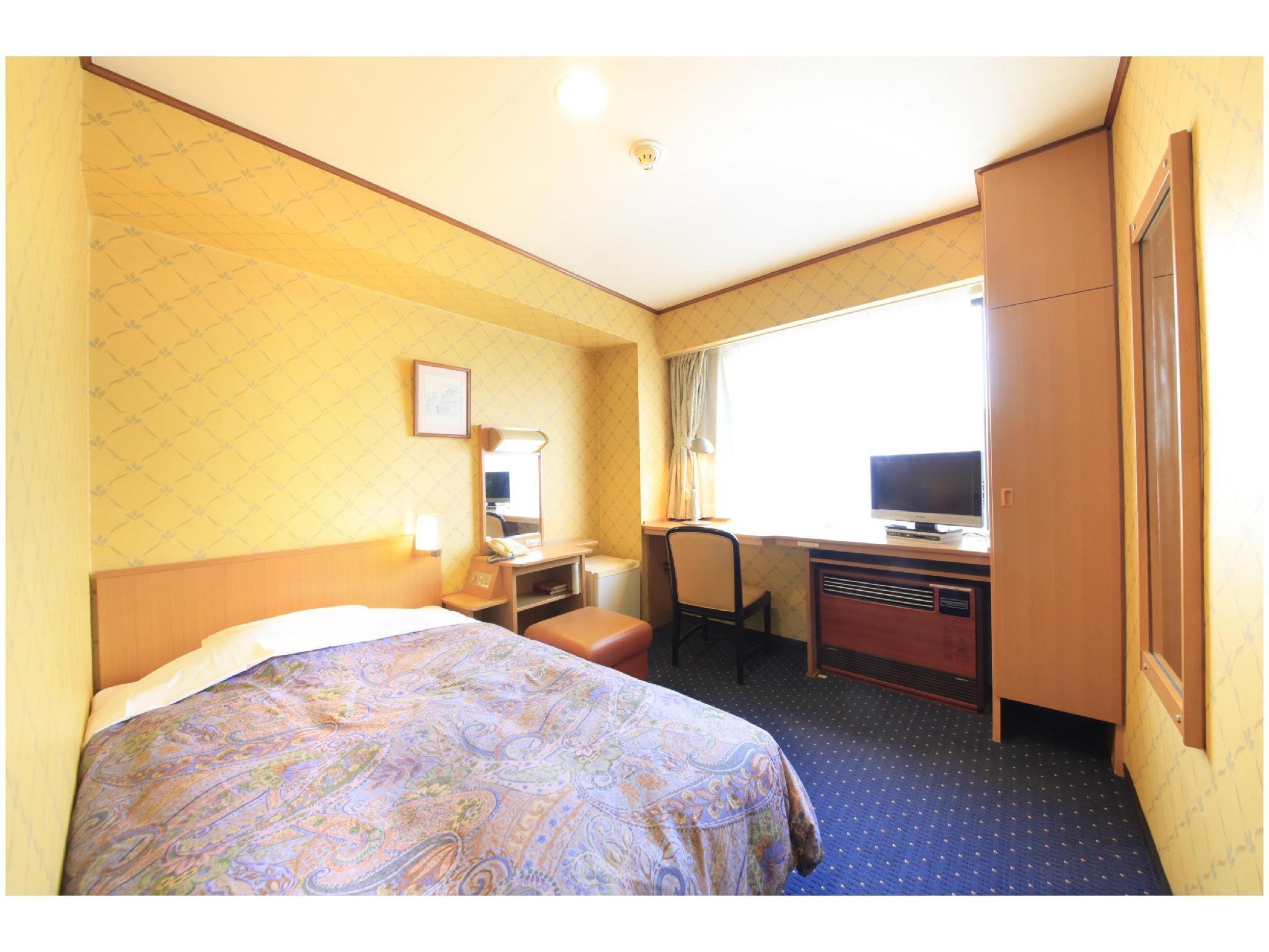 Deluxe Single Room (Type B)