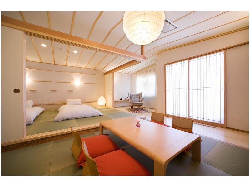 Japanese-style Room with Semi Open-air Bath (Urarakana Oto Type/Hino Ochibo Type, Otogi no Oka Wing)