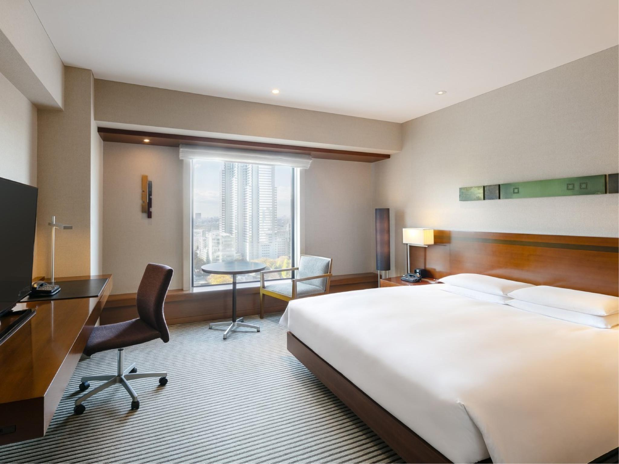 뷰 디럭스 킹룸 (View Deluxe King Double Room)