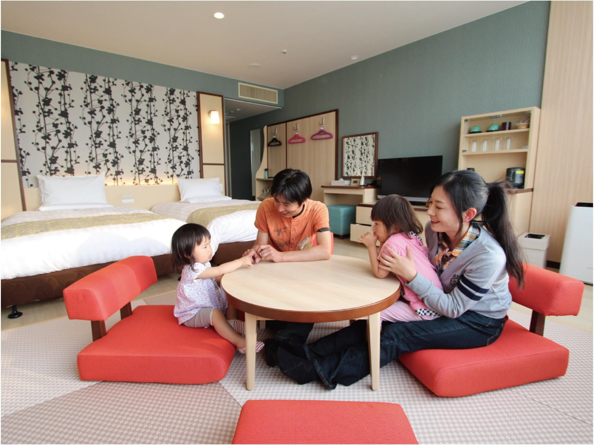 Japanese/Western-style Twin Family Room