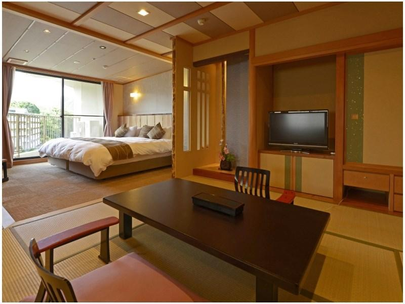 Japanese/Western-style Room (Toryu Wing)
