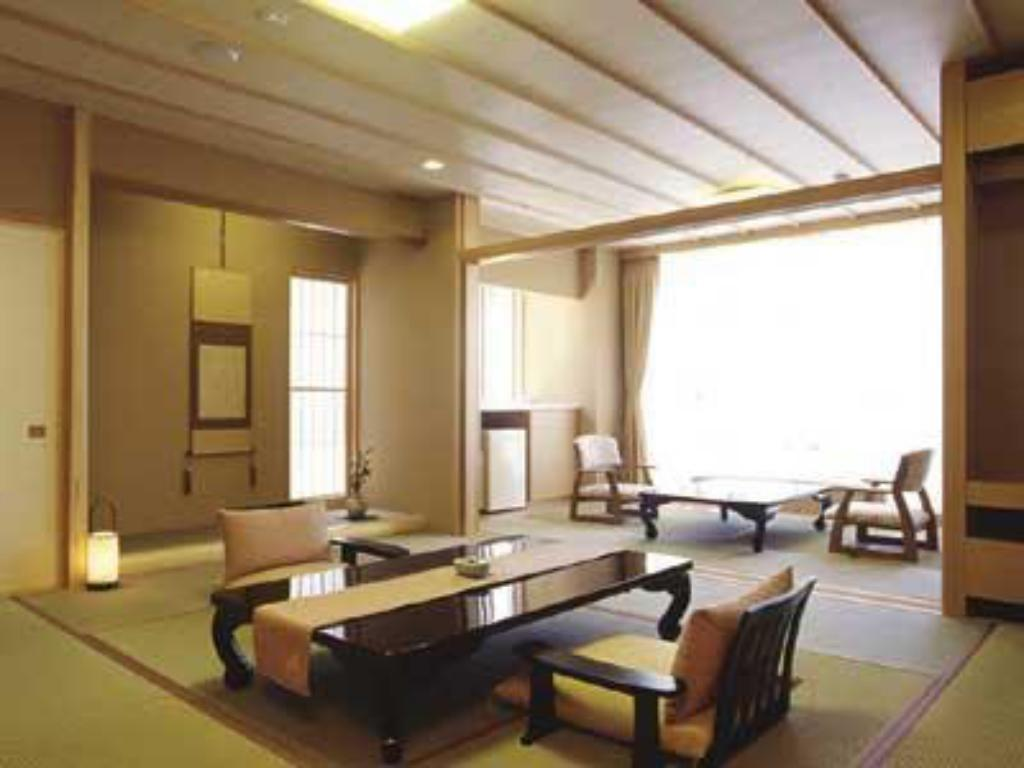 Japanese-style Room (Unshoan Type) - Guestroom