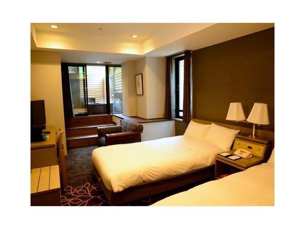 Premium Standard Twin Room with Open-air Bath - Guestroom Hotel Karuizawa 1130