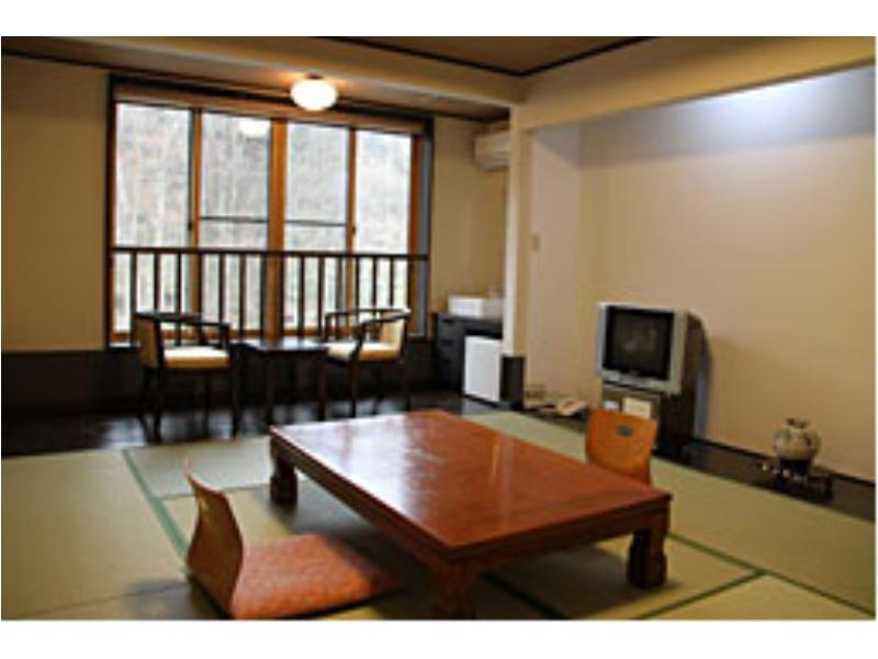 新改裝別館 和式房※無浴室 (Japanese-style Room (Refurbished Annex) *No bath in room)