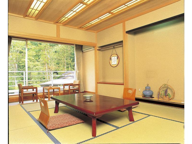 日式客房(主棟) (Japanese Style Room Main Building)
