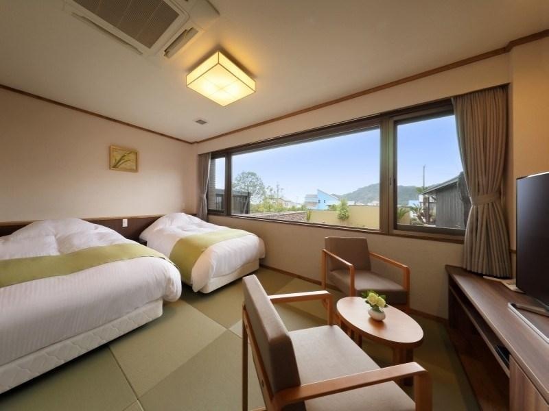 【菜の香】 (和洋室 ツインベッド+シャワールーム) (Japanese/Western-style Room (Twin Beds, Nanoka Type) *Has shower)