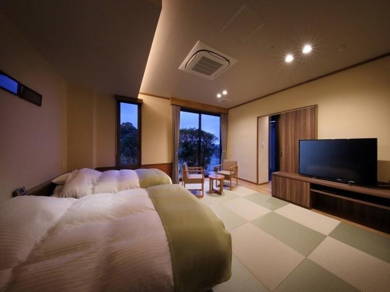 【潮の香】 (和洋室+半露天風呂+デッキテラス) (Japanese/Western-style Room with Semi Open-air Bath & Deck Terrace (Shionoka Type))