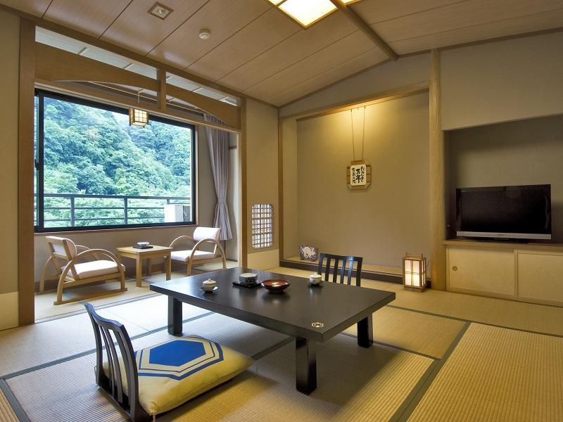 다다미 객실 (Japanese-style Room (Engi-no-Ma Type, Main Building))