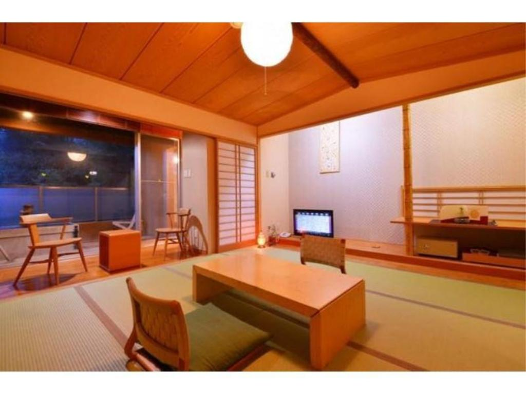 Japanese-style Room with Open-air Bath (Zen Type) - Guestroom