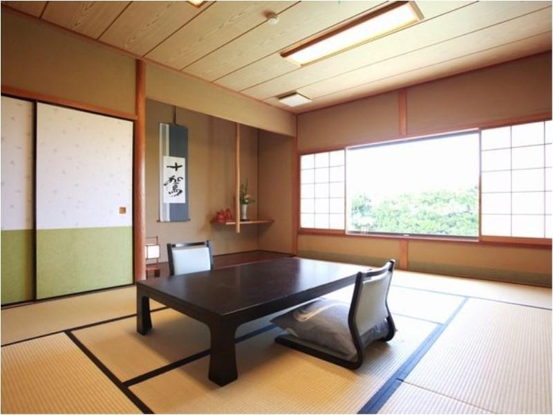 露天風呂付き「離れ」客室(10畳) (Detached Japanese-style Room with Open-air Bath)