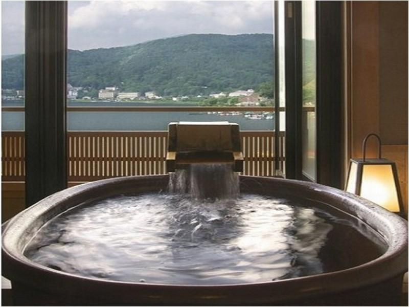 和室 (Japanese-style Room with Open-air Bath (Main Building))