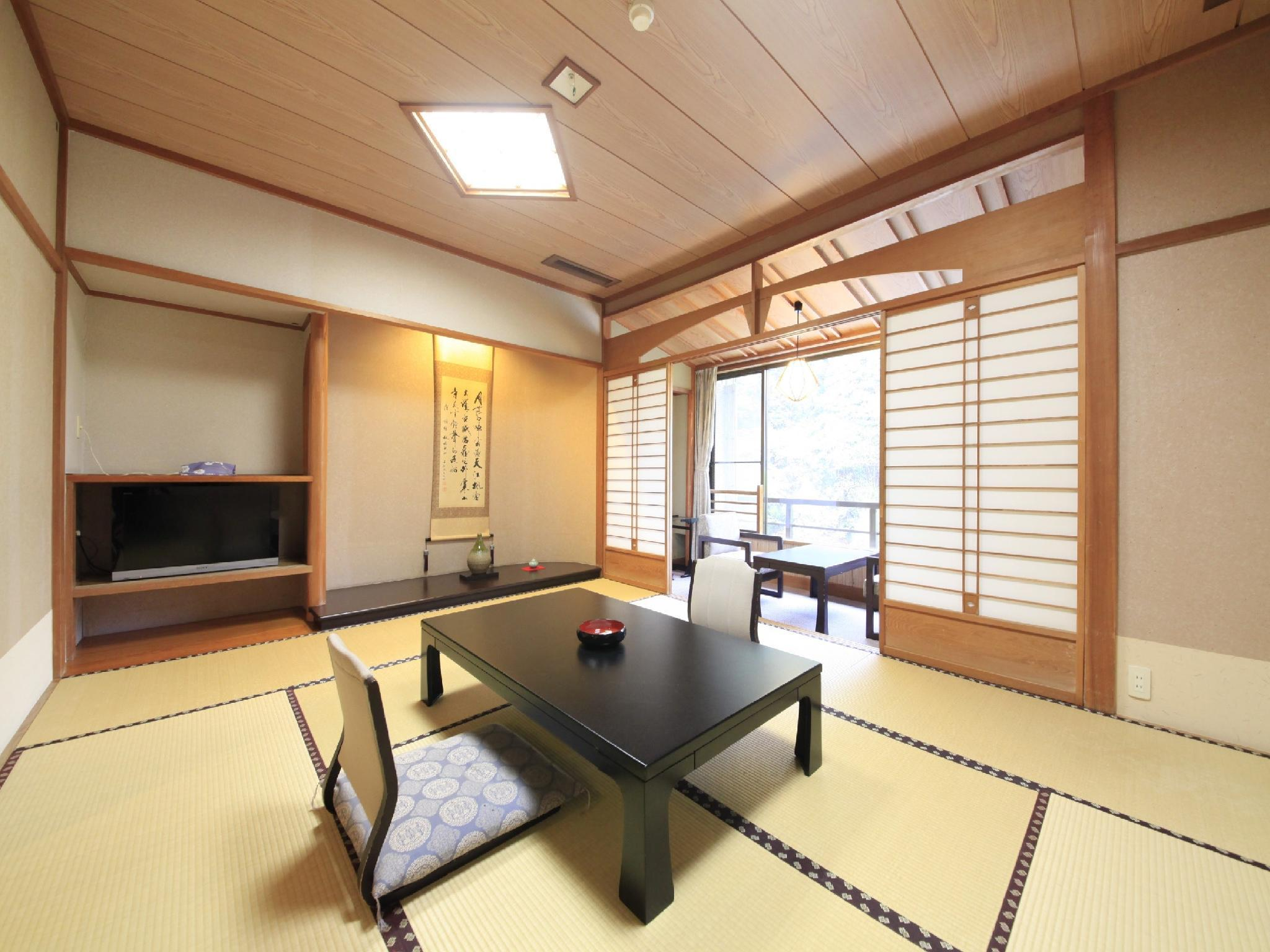 和室 (Japanese-style Room (New Building))