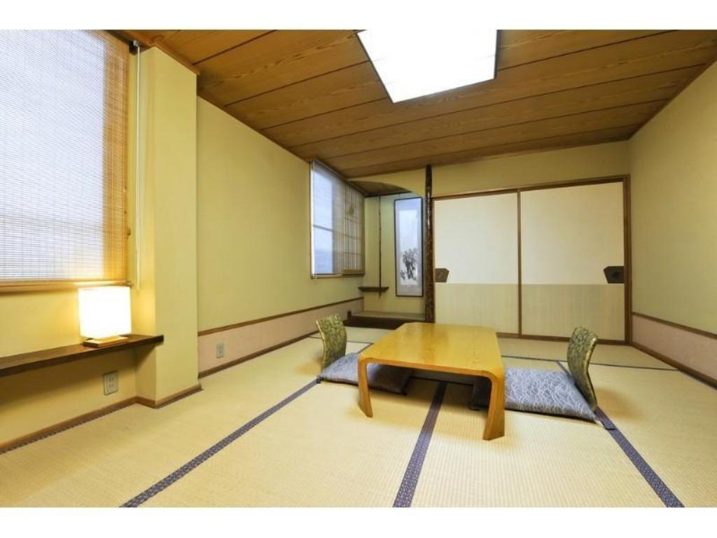 Japanese-style Room (Hama-no-Yakata Wing) - Guestroom