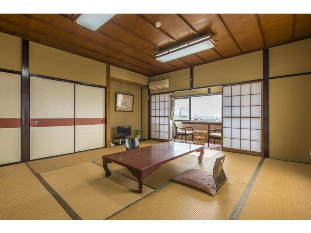 Japanese-style Room *Has toilet, no bath in room - Guestroom Gyotakuso Suzukiya