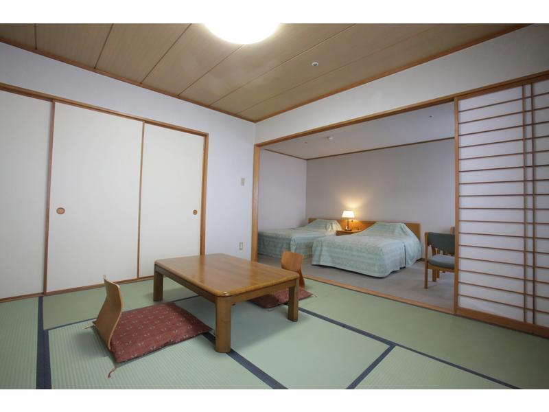 Deluxe Japanese/Western-style Room (2 Beds)
