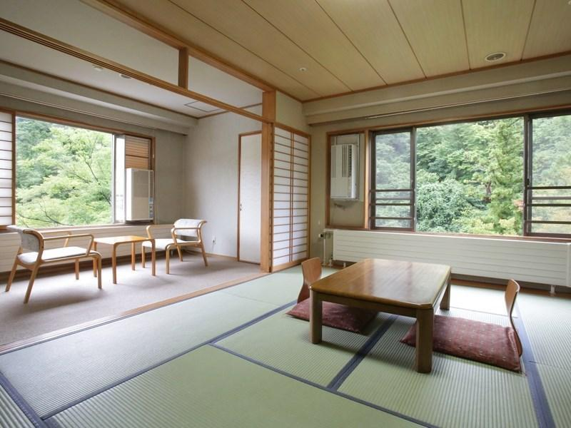 Deluxe Japanese-style Corner Room