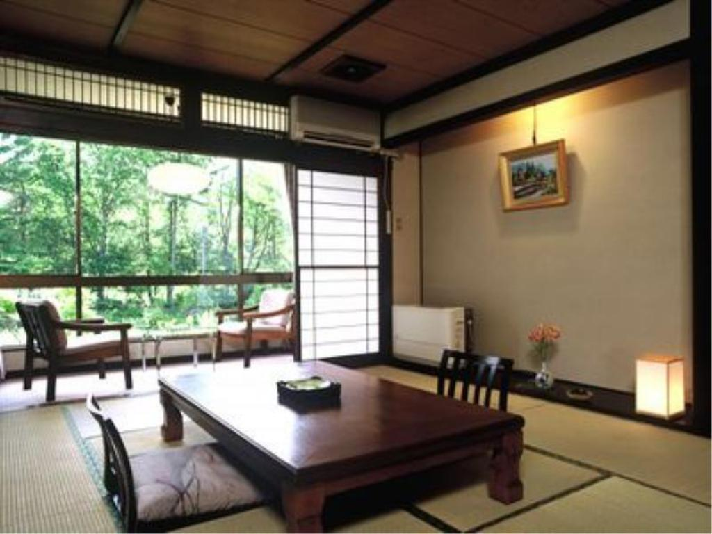 Japanese-style Room with Hiroen Space (Koma-no-Yakata) - Guestroom