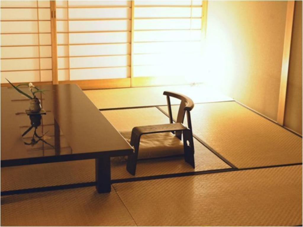 Special Japanese-style Room with Living Room and Cypress Bath (Senshin-no-Ma Type) - Guestroom