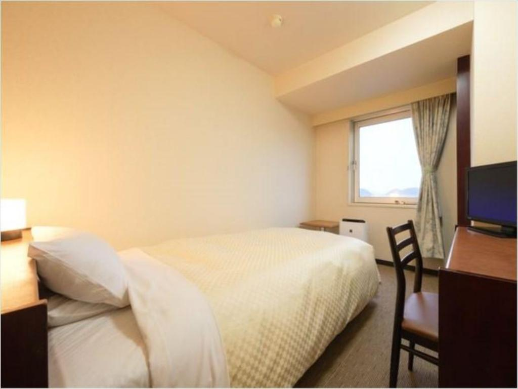 Standard Single Room (Type A) - Guestroom Royal Hotel Odate