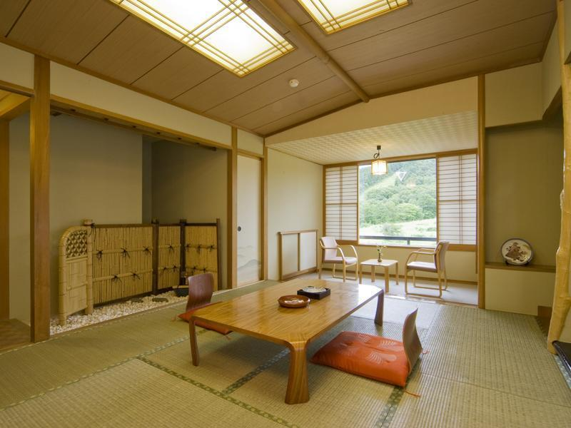 Japanese-style Room (Wing D)