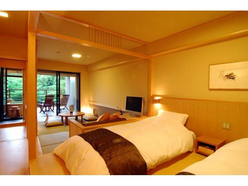 【禁煙】露天風呂付 和洋室 35平米/水花の庄(新館) (Japanese/Western-style Room with Open-air Bath (2 Beds, New Building))