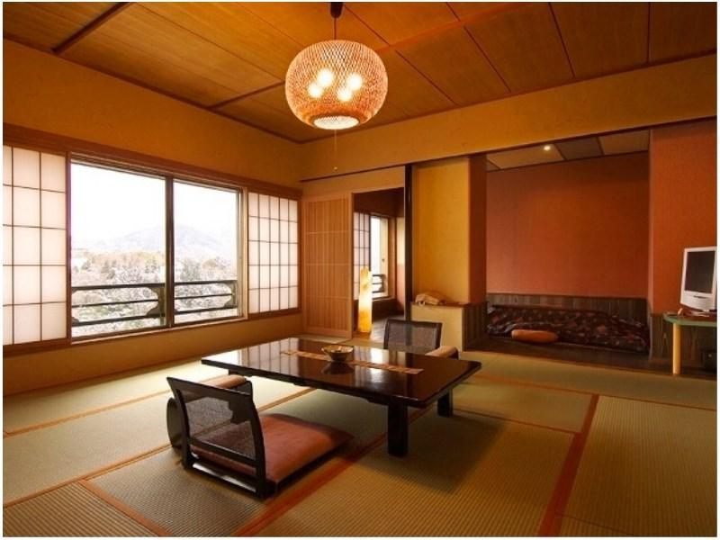和式房+日式凹桌+溫泉檜木風呂 (Japanese-style Room with Hori-kotatsu & Cypress Hot Spring Bath)