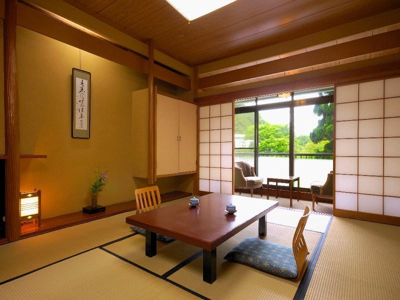 Japanese-style Room with Hiroen Space (Main Building) *No bath in room