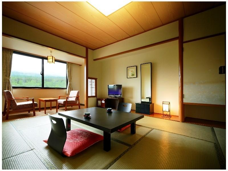 和式房※有浴室 (Japanese-style Room with Modular Bath)