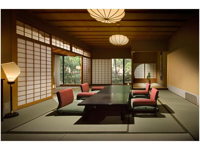 다다미 침대 객실(영빈관/HANAFUKI/노천탕) (Japanese/Western-style Room with Open-air Bath (Hanafuki Type, Geihinkan Wing))