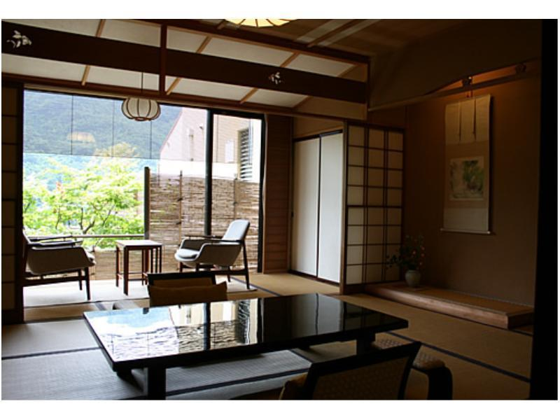 Japanese/Western-style Twin Room (Type X)