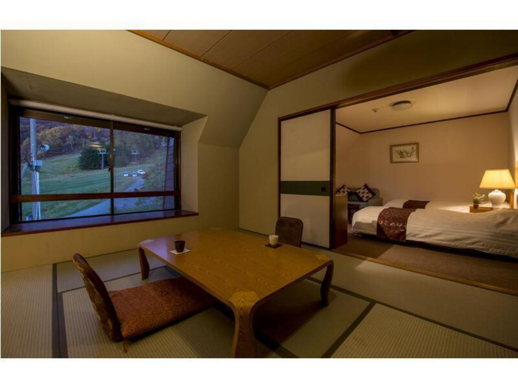 Deluxe Japanese/Western-style Room (2 Beds) - ห้องพัก โฮเทล จูริน (Hotel Jurin)