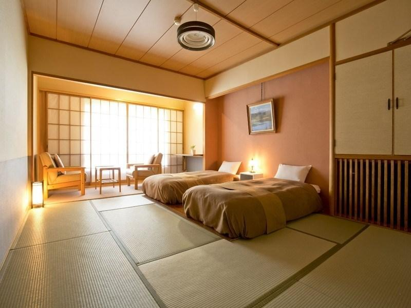 Club Room (Japanese-style Room + Bed(s))