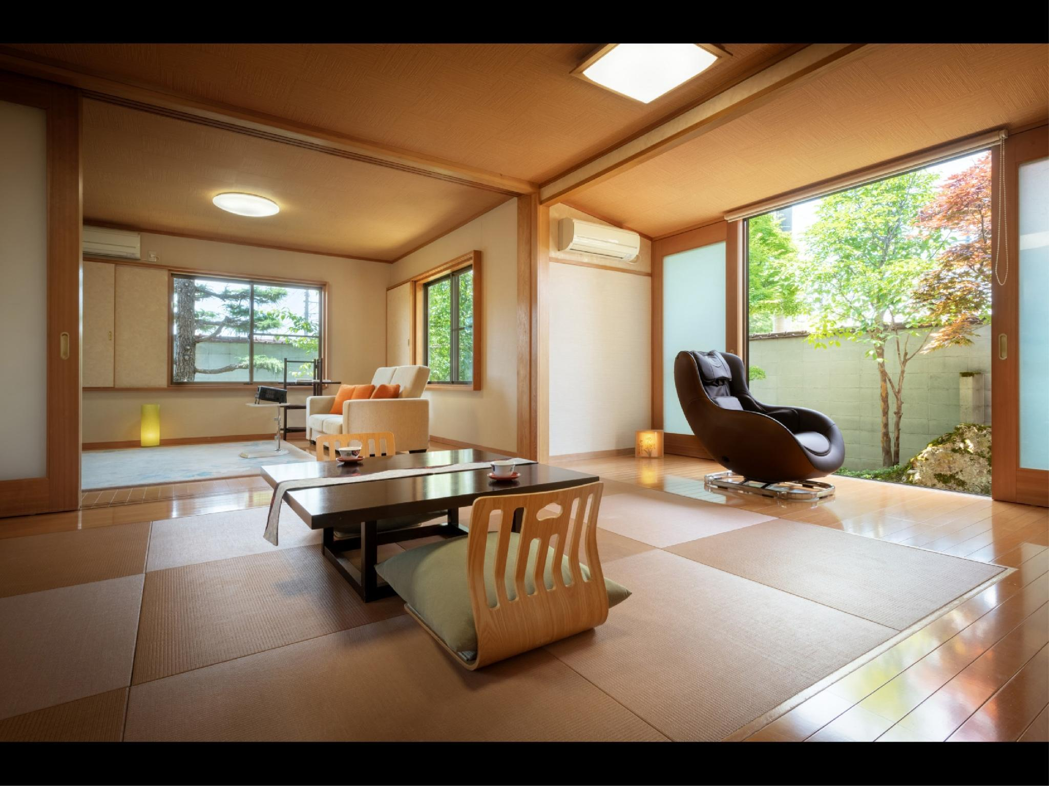 Special Japanese/Western-style Room with Open-air Bath (Warabe Type)