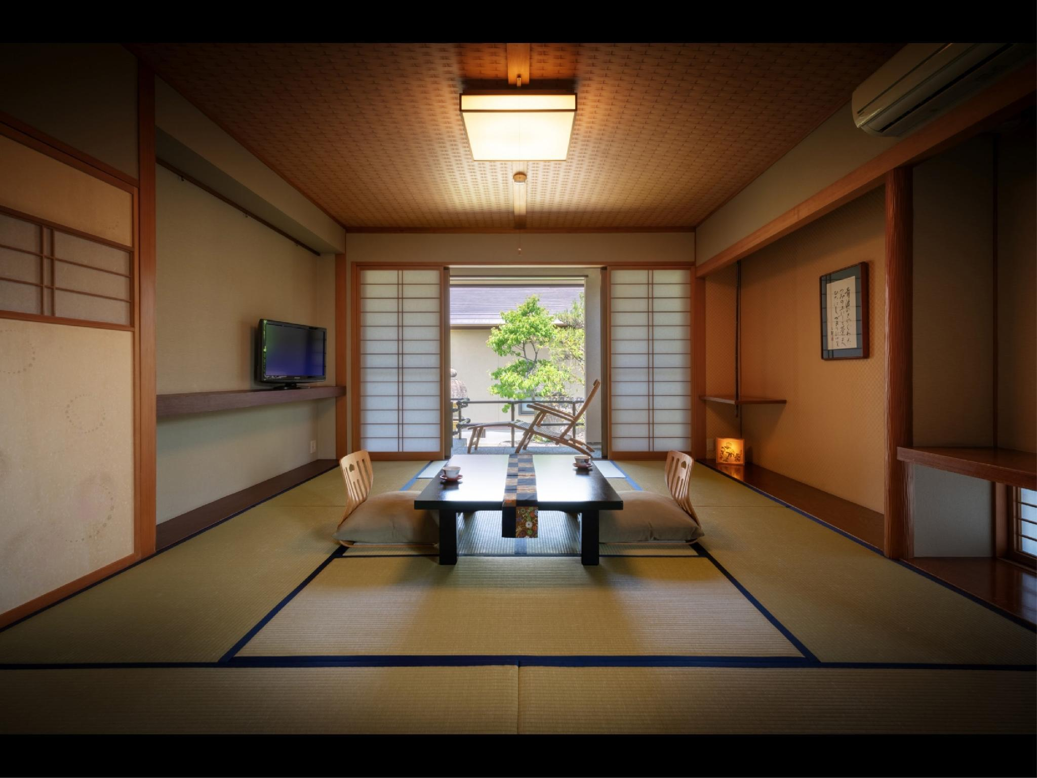 Special Japanese-style Room with Open-air Bath (Tsukushi/Temari Type)