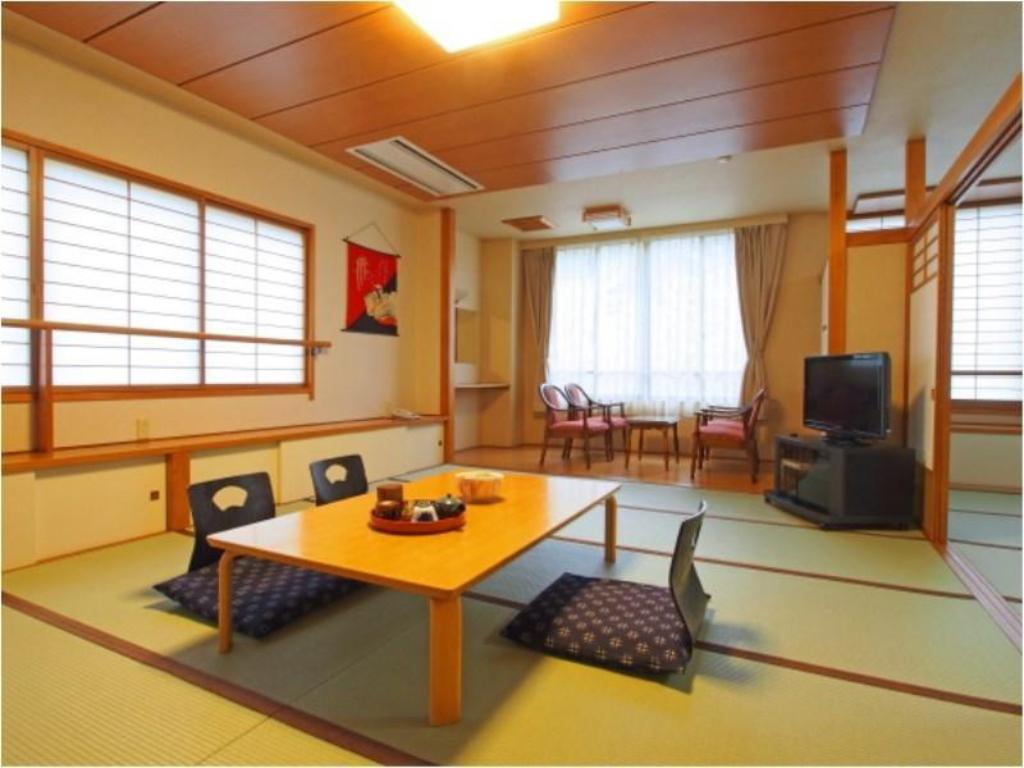 Special Japanese-style Room with Hiroen Space - Guestroom