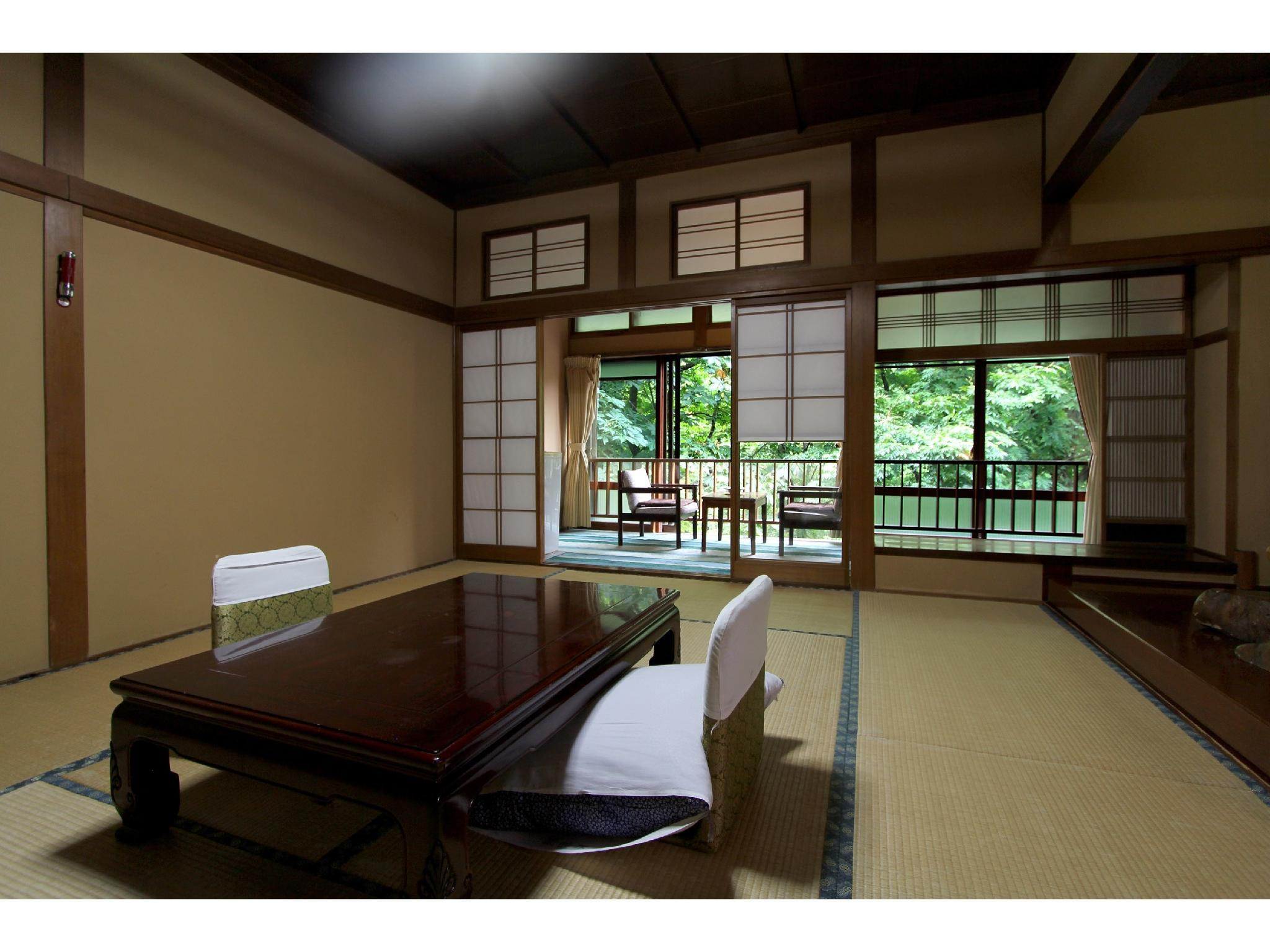 Japanese-style Room (Fudokaku Wing) *No bath or toilet in room