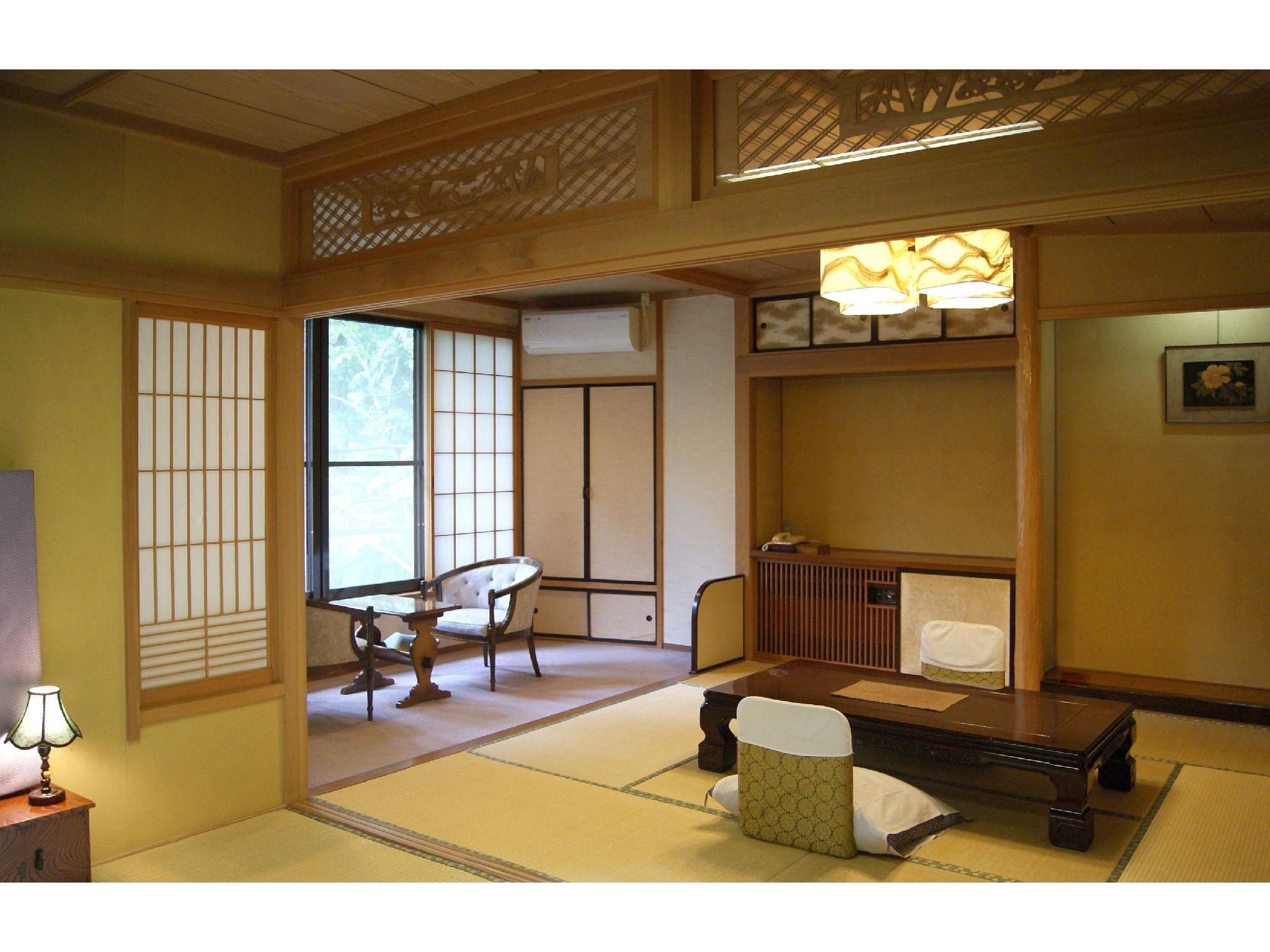 Japanese-style Room (Reimei Wing)
