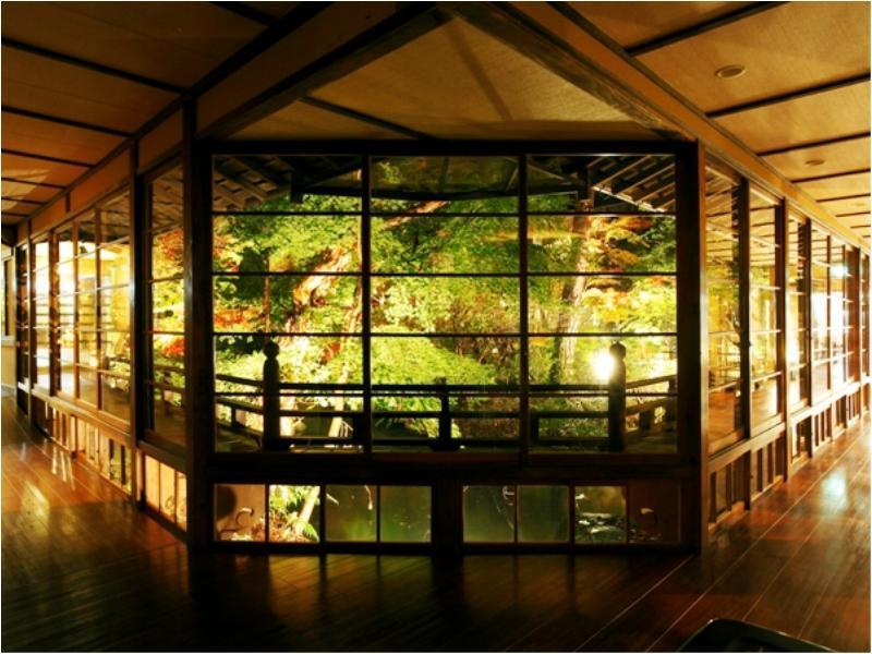 Special Japanese-style Room (Japanese-style Room with Low Bed(s) or without Low Bed(s) *Not selectable) *Has bath