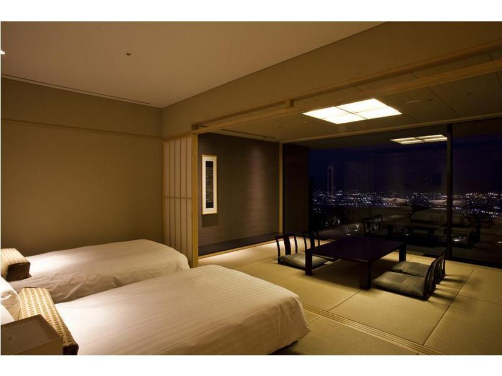 Superior Japanese-style Room (Mt. Fuji view) - Guestroom