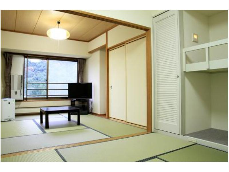 Standard Japanese-style Room *Room for the families with children