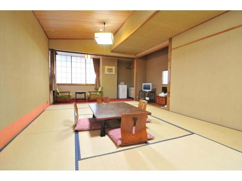 Standard Japanese-style Room *Has toilet