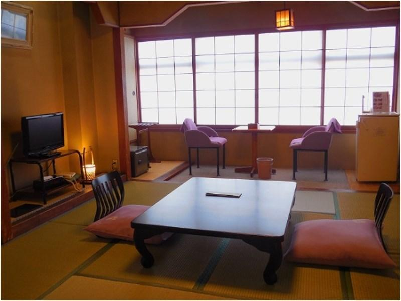 Japanese-style Room (Main Building or East Wing) *Allocated on arrival