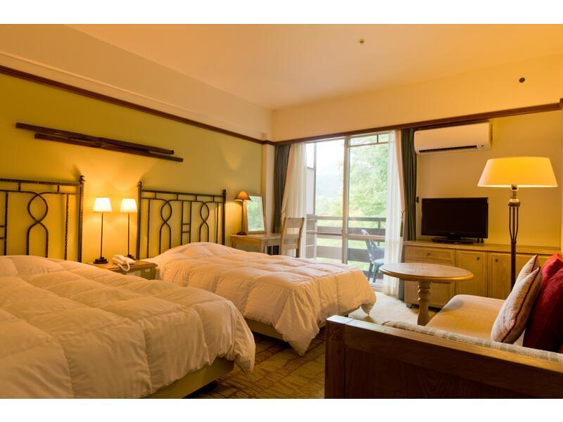 Twin Room (Tower Wing) (Western-style Room (2 Beds, Tower Wing))