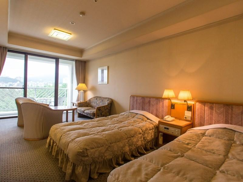 Superior Japanese/Western-style Room with Jacuzzi Bath (2 Beds, Chateau Wing)