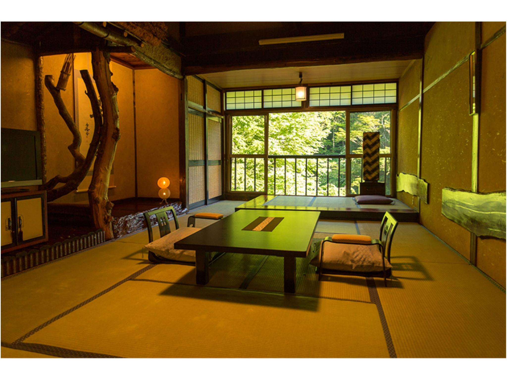 和式房 (2020年4月1日起禁烟) (Japanese-style Room (Main Building) *No indoor bath)